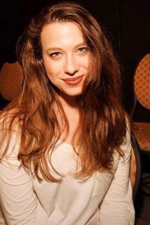 Photo of Ariel Elias, Comedienne